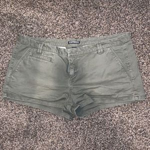 EXPRESS Sz 12 army green shorts